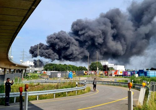 Two confirmed dead, 31 injured at German chemical park explosion
