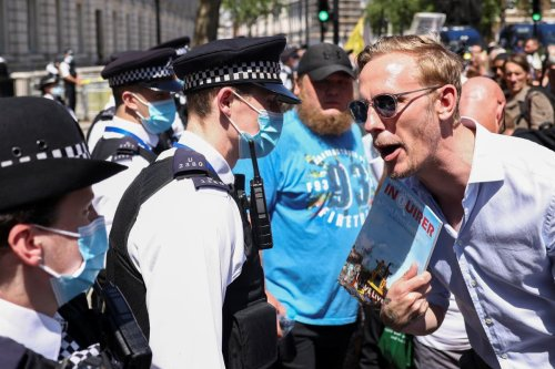 Laurence Fox at anti-lockdown protest as PM delays 'freedom day' for four weeks