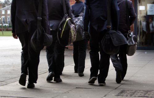 'Anti-vaxxers in Nuremberg trial threat to school staff'