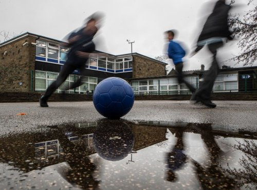 Young children from England's poorest areas are shorter, study suggests