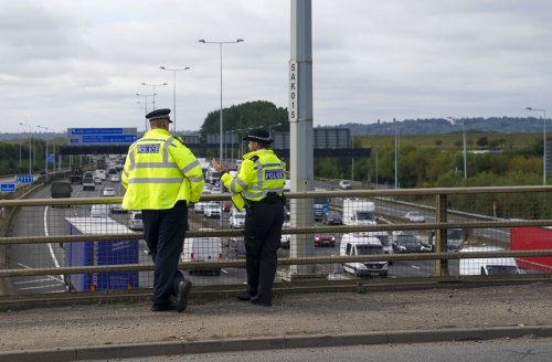 Two more arrested over M25 protests