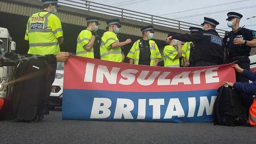 M25 climate protesters demand reduction of motorway speed limit