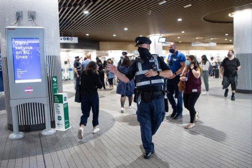 'Covid lottery' on Tube as face mask use falls