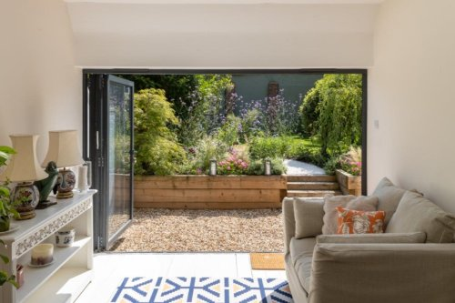 Make your back garden staycation-tastic