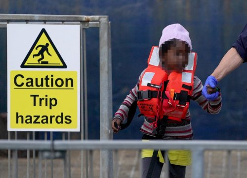Migrants held in 'shocking' and 'completely inappropriate' conditions – MPs