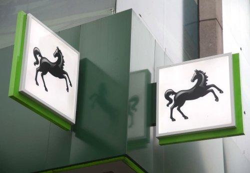 Lloyds swings to profit as bad debts cut on UK economic recovery