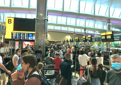 Government urged to halt 'chaotic scenes' at airports