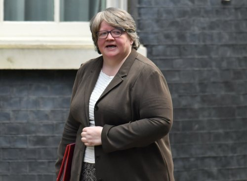 Stopping benefits to EU citizens without settled status 'unnecessary', UK told