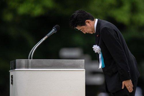 Japanese Prime Minister Shinzo Abe resigns over health concerns