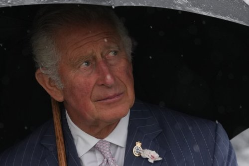 Prince Charles hails 'sacrifice' of police at unveiling of memorial