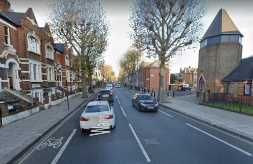 Several suffer stab wounds after Fulham knife brawl