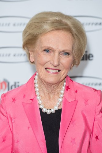 Mary Berry to be honoured for a lifetime of cooking, writing and baking