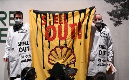 Youth climate activists occupy Science Museum over fossil fuel sponsor
