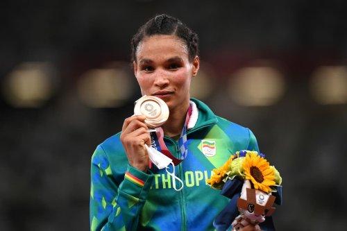 Gidey destroys half-marathon world record by more than a minute