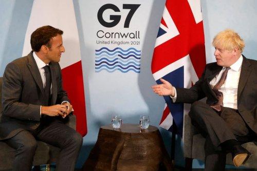 'Offensive': Dominic Raab blasts EU after Macron 'enrages Boris'
