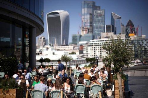 Londoners told to enjoy 'last blast' of summer weather this week