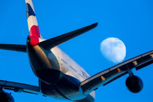 Grant Shapps: It is 'imperative' that aviation recovers in 2022