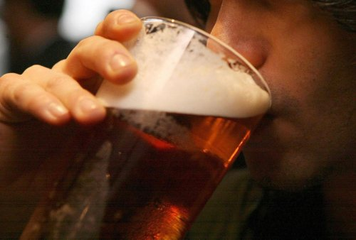Pub-goers 'will be forced to wear masks in beer gardens'