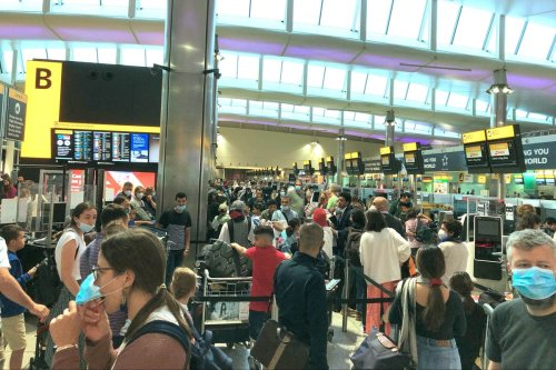 Chaos at Heathrow as holidaymakers queue for three hours