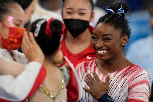 Simone Biles returns to win bronze in balance beam final