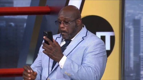 Shaq doesn't notice booger on air so fans, TNT crew help him out. It's 'six feet tall'
