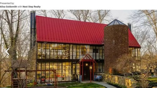 Unique glass house on market in Maryland. Look inside this 'architectural masterpiece'