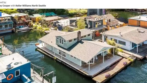 This home was built in 1910, and it's still floating. Look inside the Washington 'jewel'