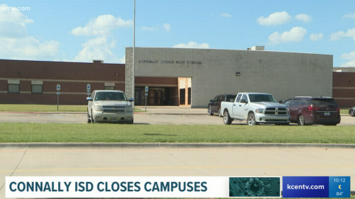 Two teachers die from COVID in same week, leading Texas school to temporarily close