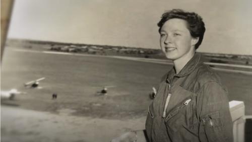 Wally Funk, la donna che a 82 anni sarà astronauta (grazie a Jeff Bezos). Una vita per la parità nello spazio