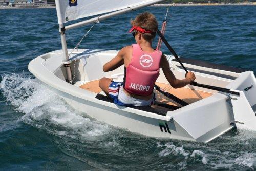 Salpano le imbarcazioni riciclabili della startup NL Comp, fatte di lino