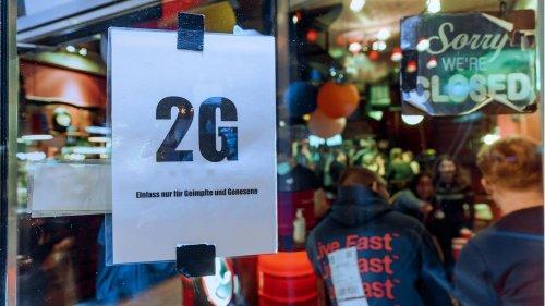 Hamburg hebt Maskenpflicht für Einzelhandel und Friseure auf