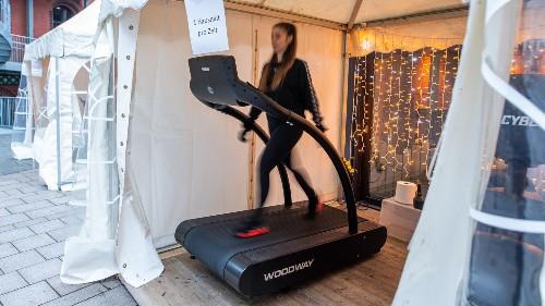Training trotz Corona: Fitnessstudio hält Kunden auf kreative Weise