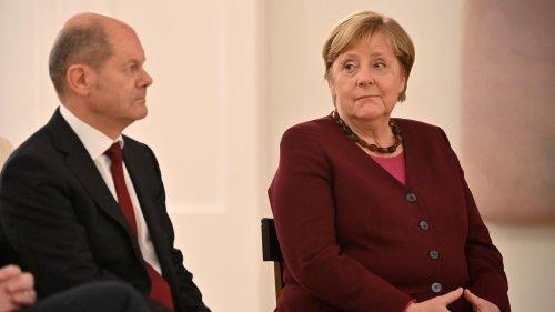 Kanzlerin Merkel stimmt die Welt schon mal auf die Ampel ein