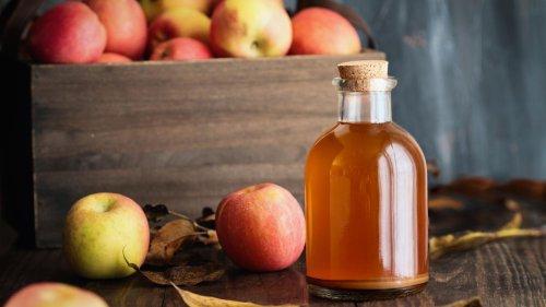 Nie mehr Duschgel: Warum ich mich mit Apfelessig wasche und es meiner Haut noch nie so gut ging