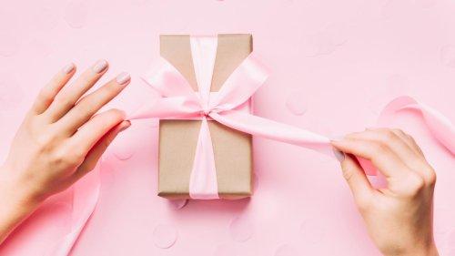 Acht Geschenk-Ideen unter 25 Euro, über die sich Freundinnen freuen