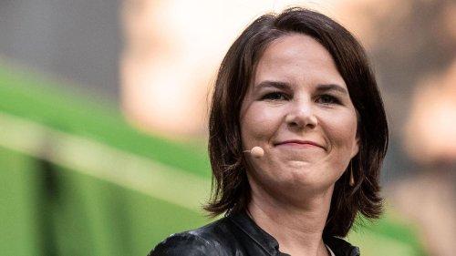 Annalena Baerbock gibt sich im Kinderinterview auf Augenhöhe – und offenbart eine Wissenslücke