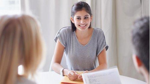 """Bewerbungsgespräch: Karriere-Expertin erklärt die richtige Antwort auf """"Warum sollten wir Sie einstellen?"""""""
