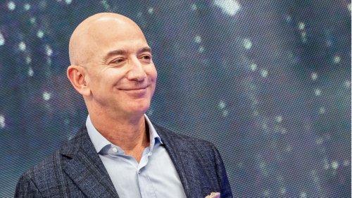Jeff Bezos' neue Jacht wird so groß, dass sie eine eigene Begleitjacht braucht
