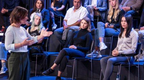"""Annalena Baerbock weist AfD-Fragestellerin zurecht: """"Menschenrechte sind unteilbar"""""""
