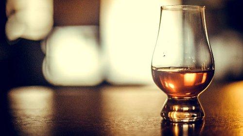 Vier Dinge, die Sie zum Whisky-Kenner machen