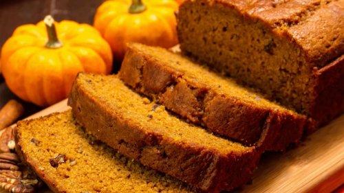 Lecker und einfach: Dieses Kürbisbrot-Rezept ist perfekt für den Herbst