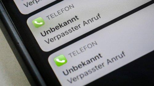 Wegen unbekannter Nummer: Bergsteiger ignoriert stundenlang Anrufe von Rettungsteam