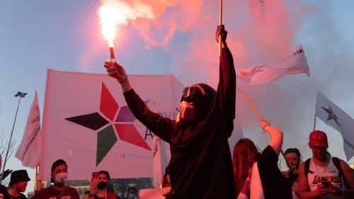 """""""Die Menschen sind aufgewacht"""": Tausende demonstrieren in Chile für soziale Gerechtigkeit"""
