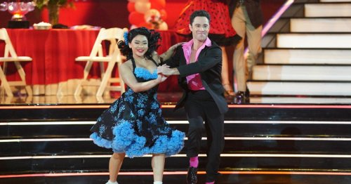 Suni Lee proves she was born to hand jive on 'Dancing With the Stars'