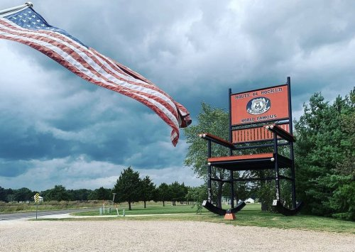 Stop at this Route 66 roadside attraction on trips through Southern Missouri