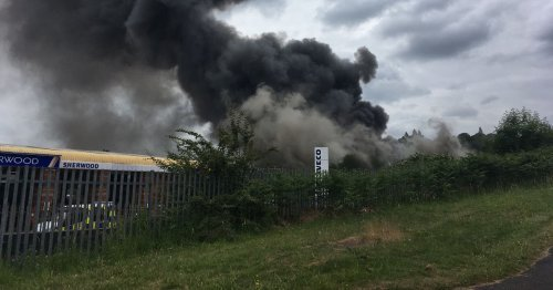 'Apocalyptic' scenes as warehouse inferno spews smoke across city