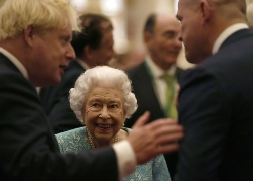 Queen accepts medical advice to rest, cancels N Ireland trip