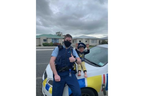 NZ police answer 4-year-old's call, confirm toys are cool