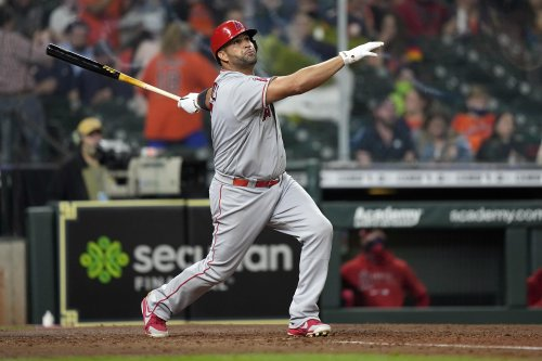 AP source: Albert Pujols signing with Los Angeles Dodgers