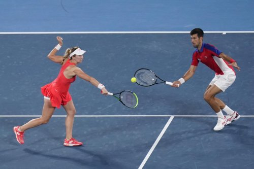 Serbia coach: team was against Djokovic's mixed doubles play